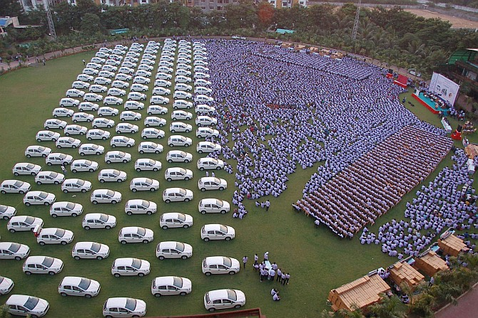 A diamond company gives cars as Diwali bonus