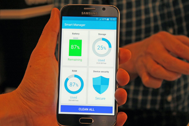 7-both-new-samsung-phones-come-with-a-smart-manager-app-that-lets-you-clean-up-your-phone-with-the-press-of-a-button